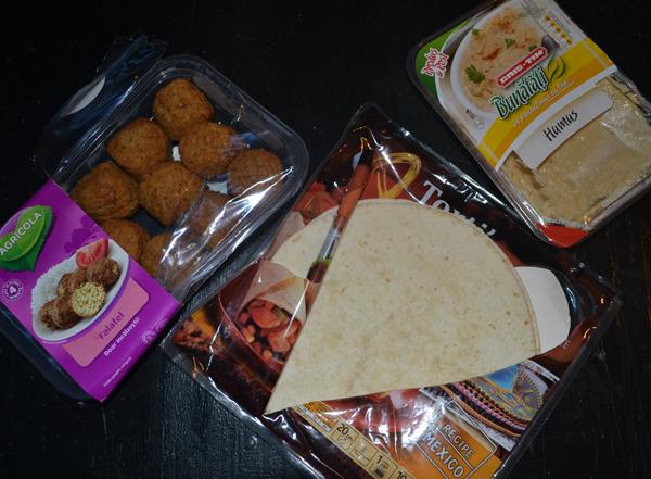 Cina de la supermarket