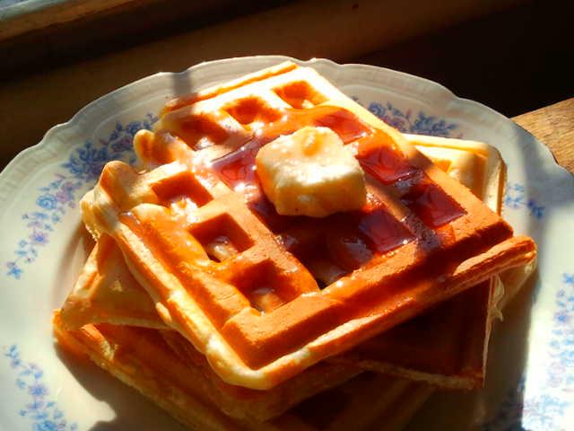 Waffles – răsfăţul dimineţilor friguroase