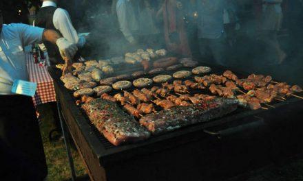 Dezmăţ culinar la BBQ Party